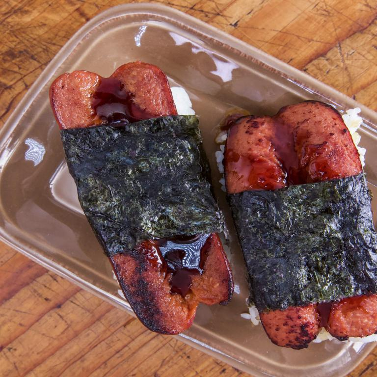 Richard Blais' Hot Dog Musubi
