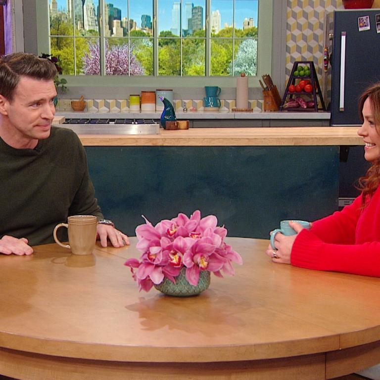 Scott Foley and Rachael Ray
