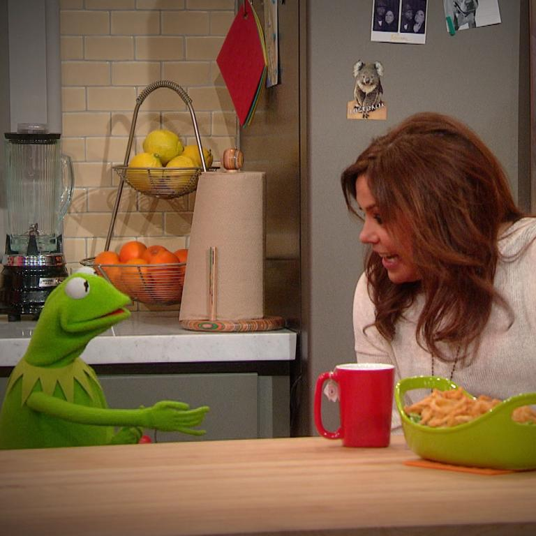 Rachael Ray and Kermit