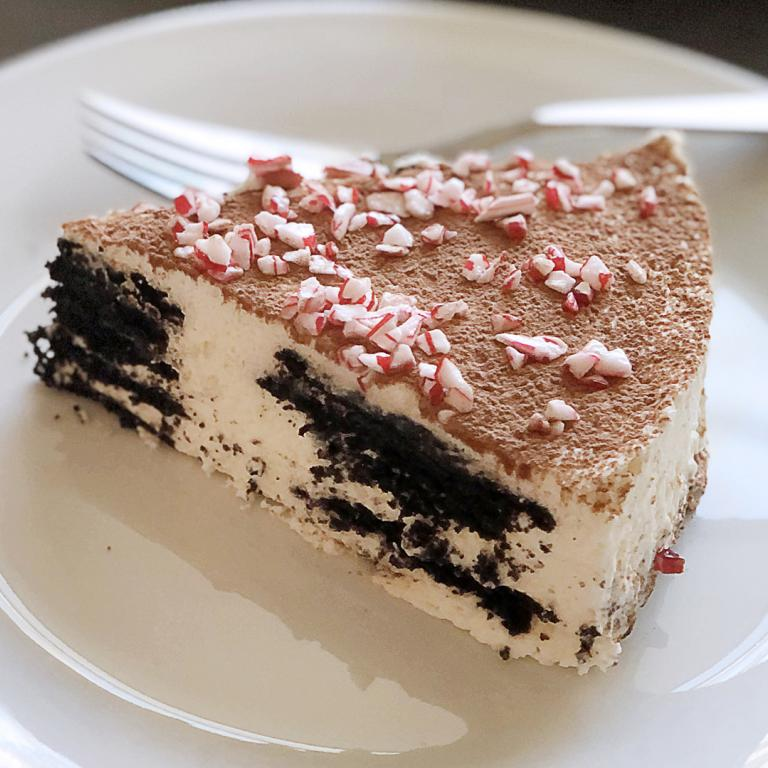 no bake chocolate peppermint icebox cake