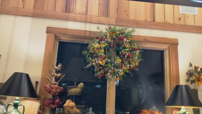 rachael kitchen wreath